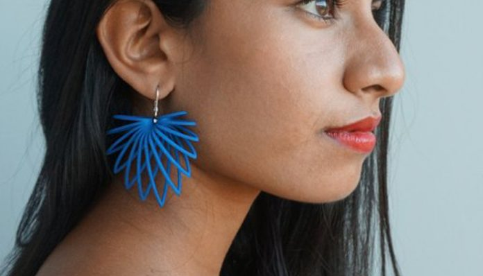3D Printed Earrings 'Hollow Leaf'